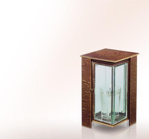 moderne grablaterne aus bronze online kaufen und bestellen stilvolle grablaternen. Black Bedroom Furniture Sets. Home Design Ideas