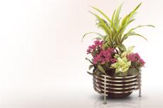 Moderne weihwasserkessel aus edelstahl f r ein grab beipiele fotos ausstellung anbieter - Moderne pflanzschalen ...